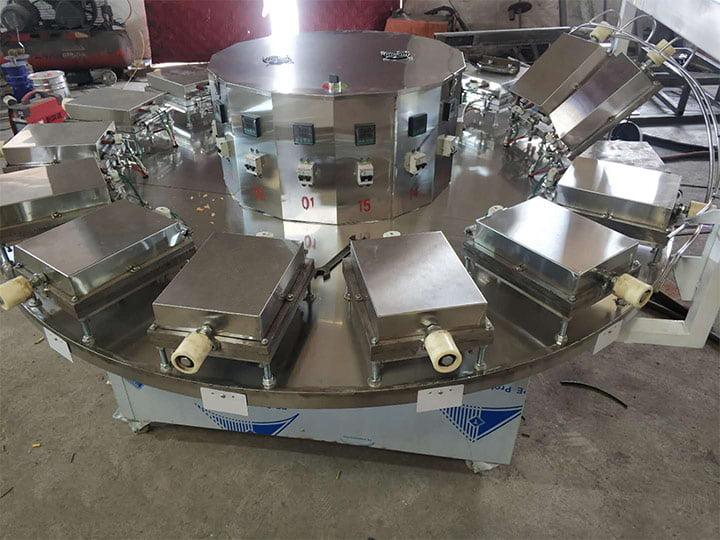 crispy cone machine heating plates