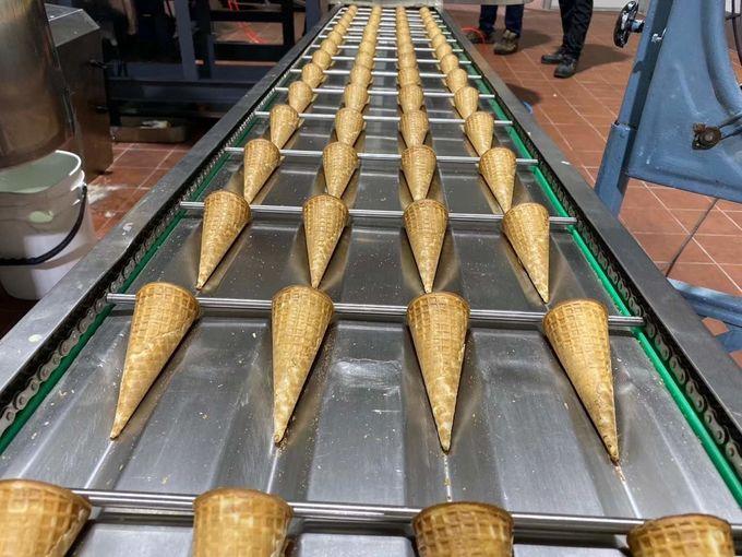 Automatic sugar cone machine